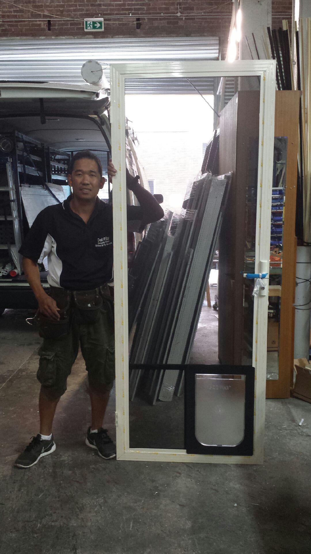 Hinge Security Screen Door W: Large Pet Door
